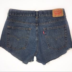 Levi's 550 Relaxed Cut Off Shorts